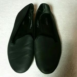 Old Navy black loafers
